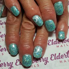 🌊💙 #ilac by @i.n.k_london in #i74 #ink&co  with @magpie_beauty #glitter in #tiffany and @moyou_london #waves #nailstamping 🌊💙 #holidaynails #nailart #naturalnails #mobilenails #cardiff #cardiffnails 🌊💙