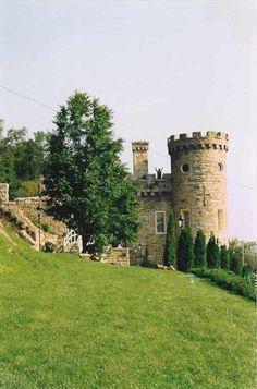 Berkeley Springs Castle (Samuel Taylor Suit Cottage)  A West Virginia and National Historic Site