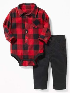 Shop Old Navy for cute outfits and clothing sets for your baby boy. Old Navy is your one-stop shop for stylish and comfortable baby clothes at affordable prices. Baby Boy Christmas Outfit, Kids Christmas Outfits, Boys Summer Outfits, Toddler Outfits, Baby Boy Outfits, Summer Boy, Navy Outfits, Toddler Jeans, Christmas Clothes