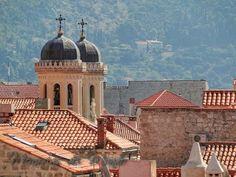 Dubrovnik desde los tejados  De http://www.memoriasdelmundo.com/2014/02/visitar-dubrovnik-en-3-o-4-dias.html