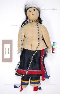 Кукла Санти Сиу, 1922