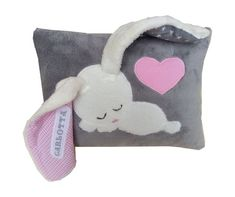 Schlamperohr ♥ ♥ Name pillow girl from … Funny Pillows, Cute Pillows, Baby Pillows, Kids Pillows, Animal Pillows, Sewing Hacks, Sewing Crafts, Sewing Projects, Quilt Baby