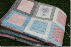 simple fat quarter quilt Matilda May with a tad of applique and stitching by Hugs 'n Kisses