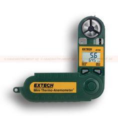 http://termometer.dk/luftflowmaler-r13135/vandtat-vindmaler-termometer-rh-meter-53-45158-r13147  Vandtæt vindmåler / termometer / RH meter  Viser lufthastighed,% RH, dugpunkt, temperatur eller vind chill faktor  Valgbar gennemsnit måling funktionalitet i 5, 10 eller 13 sekunder intervaller  Hængslet beskyttende Kabinettet udvider 229 mm med bedre rækkevidde  Stativgevind  Data Hold med Auto-shutdown  Vandtæt instrument boliger float Garanti: 2 År