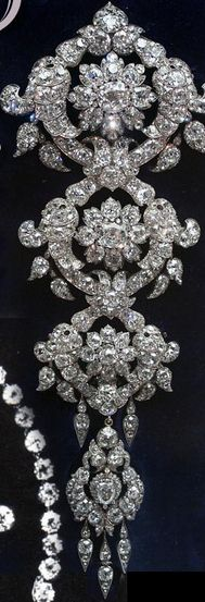 The Londonderry diamond Stomacher. The ornament can be divided into three brooches. Garrards made it in 1853 for Frances Anne, widow of the 3rd Marquess of Londonderry