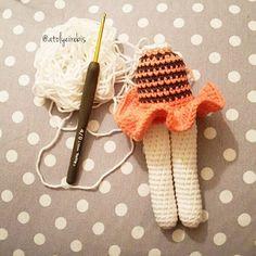 #crochet #amigurumitoy #amigurumiaddict #handmadetoys #elyapimi #organik #istanbul #orguoyuncak #finanskent #dress #amigurumi #amigurumidoll #handmade #yarnartjeans #babyshower #instacrochet #crochetlove #amigurumis #häkeln  #crochetdoll #bunny by atolyeirebis