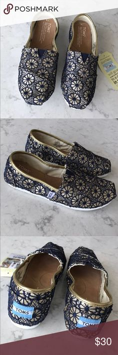 Toms Youth Classic Crochet Glitter Shoes NWB Toms Youth Classic Navy Gold Crochet Glitter Shoes  Never been used!  ***Please feel free to ask any questions***  💚 Thank you for your interest! 💚 Toms Shoes
