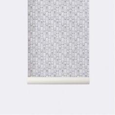 Vivid grey # 165 behang van ferm living. Breedte van het behang is 53 cm. Op een rol zit 10.05 meter behang. kleuren: lichtgrijs. Het papier is een niet geweven fleecebehang, en is makkelijk aan te brengen. Eerst moet u de muur inlijmen met lijm en vervolgens kunt u het droge behang aanbrengen. www.emma-b.nl Emma b. Oudegracht 218 / Hoek Hamburgerstraat Utrecht Netherlands.