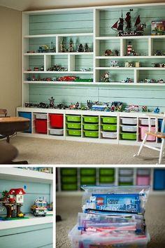 Mur entier dédié au rangement des LEGO http://www.homelisty.com/rangement-lego/
