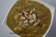 Chana Dal Halwa: Boiled and crushed chana dal cooked with khoya, sugar and flavoured with green cardamom powder. Holi Recipes, Indian Food Recipes, Cardamom Powder, Cheeseburger Chowder, Food Food, Desi, Soups, Yummy Food, Sweets
