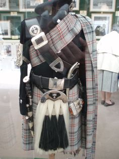 Queens Own Highlanders, at Balmoral / Looks Like The Calgary Girls School Tartan