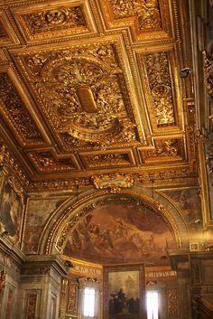 Inside of the Basilica della Santissima Annunziata Firenze 5