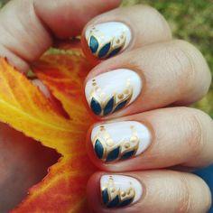 Gradual Gradient - Thanksgiving Nail Art to Inspire - Livingly