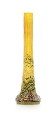 A DAUM VITRIFIED CAMEO GLASS VASE -  CIRCA 1910
