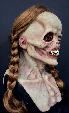 Arte Horror, Horror Art, Horror Masks, Creepy Monster, Monster Mask, Creepy Pictures, Halloween Pictures, Halloween Doll, Halloween Masks