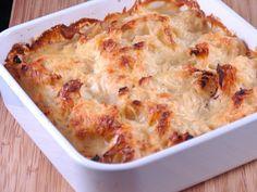 chou-fleur, beurre, farine, bouillon de volaille, eau, crème, fromage râpé, Sel, Poivre, muscade