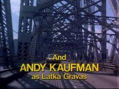 ... Taxi (1978-1983) De opstap voor Danny deVito, Christopher Lloyd ( ehhh.. purple !) en voor Tony Danza.