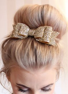 Oversized Large pale gold glitter fabric bow hair clip!!!