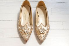 vintage 1950s shoes / jeweled 50s shoes /gold by SwaneeGRACE