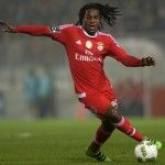 Man United and Benfica AGREE on wonderkid '' Renato Sanches '' .