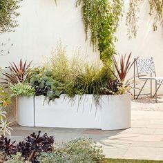 west elm Cityscape Planters - Set of 3 (Triple + Rounded Corners) Modern Landscape Design, Garden Landscape Design, Modern Planters, Outdoor Planters, Outdoor Decor, Modern Landscaping, Front Yard Landscaping, Landscaping Ideas, Balcony Plants