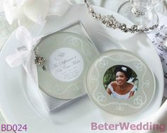 """ a diferença de um beijo pode fazer"" fosco- glass foto coasters BETER-BD024   #weddings #weddinggifts #beterwedding   http://aliexpress.com/store/product/Free-Shipping-12pcs-Palm-Tree-Candy-Box-Festive-Party-Supplies-TH014/513753_652662163.html"