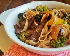 The BEST and EASIEST take out-fake out recipe. Healthier beef and broccoli noodles made in 15 min from start to finish. And yes, it's quicker, cheaper and healthier than take-out!