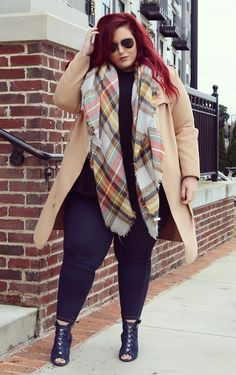 plus size fashion for work which look cool. Over 50 Womens Fashion, Curvy Women Fashion, Latest Fashion For Women, Fashion Nova Plus Size, Plus Size Womens Clothing, Size Clothing, Plus Size Dresses, Plus Size Outfits, Dresser
