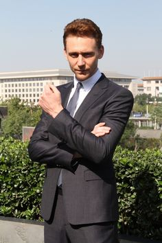 I swear @thomas hiddleston is a Suit Porn king. I'm supposed to get work done now, how? #inspiration
