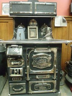 This is my stove except it was converted to gas burners. Wood Gas Stove, Tiny Wood Stove, Wood Burning Cook Stove, Wood Stove Cooking, Wood Burner, Wood Stoves, Antique Kitchen Stoves, Antique Wood Stove, How To Antique Wood