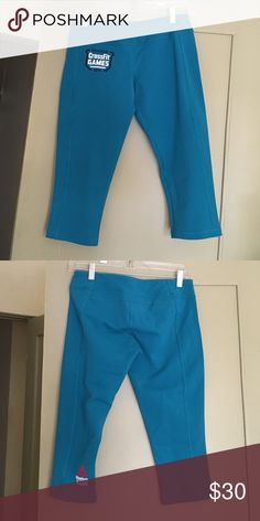 Reebok Chase Capri Teal workout capris. Stop right below the knee. Brand new, never worn. Reebok Pants Capris