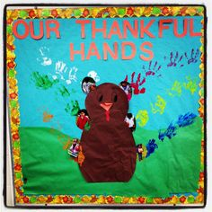 What an awesome way to incorporate team building into a fun activity! Great for any early elementary age child. Bulletin board for a thankful November.