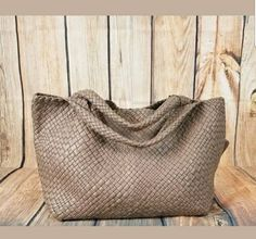42914d60487d  TuesdayThought Handwoven handbags! Made in Italy! Limited quantity! Find  them at VDN