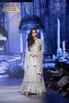 Saadia Mirza's-collection-at-bridal-couture-week-13