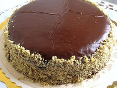 Here are recipes for popular Serbian dessert recipes. Serbians love rich tortes, nut rolls, strudels and desserts of all kinds. Bosnian Recipes, Croatian Recipes, Polish Desserts, Polish Recipes, Polish Food, Chocolate Torte, Chocolate Desserts, Chocolate Cream, Serbia Recipe