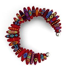 Amazing beadwork at jeanpower.com, includes patterns, kits and classes from the award winning designer Jean Power