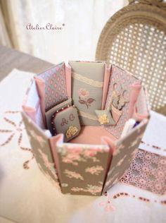 八角形のソーイングボックスの画像:東京・自由が丘 井上ちぐさの刺繍&カルトナージュ教室 Atelier Claire(アトリエクレア)