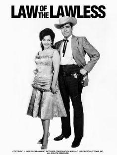 Yvonne De Carlo on IMDb: Movies, TV, Celebs, and more... - Photo Gallery - IMDb