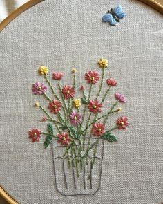 2個目完成(*^^*)蝶々が可愛い感じになりました #刺繍#ホビーラホビーレ#青木和子