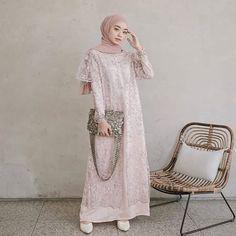 Model Dress brukat untuk lebaran 2020 – ND Hijab Gown, Kebaya Hijab, Hijab Evening Dress, Hijab Dress Party, Kebaya Dress, Dress Pesta, Dress Brukat, Batik Dress, The Dress