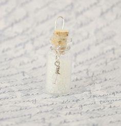Lumos Harry Potter Potion Bottle Charm - Glitter - Glow In The Dark -Spells - Magic - light