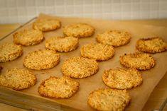 Špaldovka: Sušenky z ovesných vloček Sweet Cookies, Cake Recipes, Biscuits, Food And Drink, Sweets, Baking, Fitness, Per Diem, Dump Cake Recipes