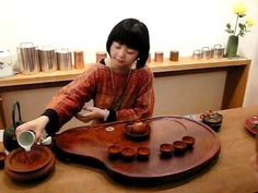 """2010.11.24, the distinguished young tea scholar Didi Liu demonstrated her Chinese style Gong Fu tea ceremony at the specialist tea shop """"Postcard Teas"""" in London."""