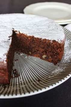 flourless chocolate and almond cake - so delicious!! (gluten free)
