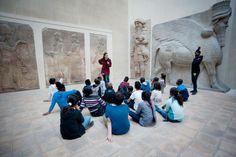 """Musée du Louvre's  Verified account  @MuseeLouvre:  Apr 27, 2018:  """" Le musée du Louvre constitue un univers passionnant pour les petits comme pour les grands ! Grâce à nos ateliers enfants et familles, vous pourrez découvrir le musée à travers des activités créatives ou des histoires merveilleuses ! 👉 https://www.louvre.fr/ateliers """" https://twitter.com/MuseeLouvre/status/989761307644649474  #KidsMW #MuseumWeek"""
