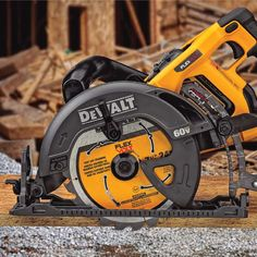 Woodworking Circular Saw DeWalt 60 Volt MAX Circular Saw - Scoop up some of our favorite tools and home products from the last year. Woodworking Power Tools, Woodworking Jigs, Woodworking Projects, Circular Saw Reviews, Best Circular Saw, Power Tool Organizer, Tool Organization, Tool Poster, Best Hand Tools