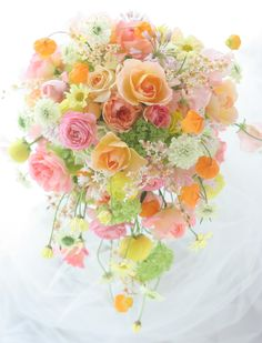 Planning A Fantastic Flower Wedding Bouquet – Bridezilla Flowers Pastel Flowers, Fresh Flowers, Beautiful Flowers, Pastel Bouquet, Spring Bouquet, Bride Bouquets, Floral Bouquets, Boquet, Floral Wreath