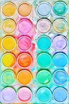 Pastel palette awaiting its muse . Pastel Decor, Pastel Colors, Rainbow Colors, Pastel Palette, Summer Colours, Bright Colors, World Of Color, Color Of Life, Color Patterns