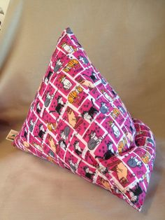 Cars meow large £15 med £12.50 rest your device in some thing nice www.facebook.com/Thescreenlean
