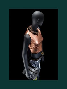 LOFT stands for youth, independence and freedom #FemaleMannequins #silverdrees #deepblack #metalaccesories